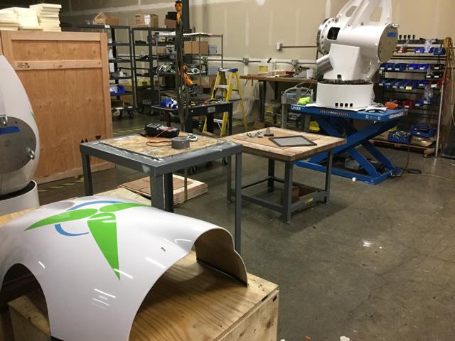 製造中の小形風車